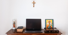 online-mass-for-holy-week-2020