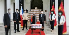 china-embassy-donates-2k-tablets-to-filipino-students