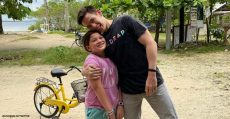 Jake Ejercito tours Siargao with daughter Ellie