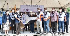 dpwh-turns-over-first-modular-hemodialysis -facility