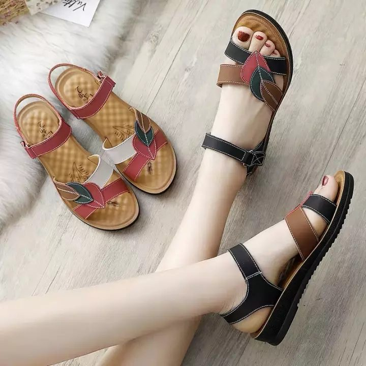 lace-up-strappy-sandals